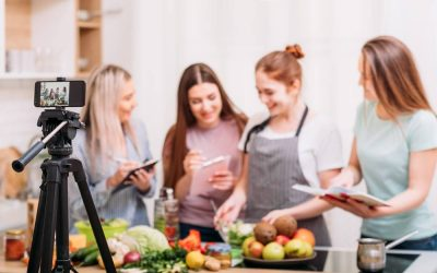 How To Hold A Virtual Cooking Class To Expand Your Business